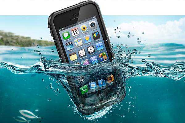 lifeproof cases are waterproof