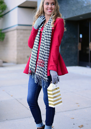 Monogrammed Scarf & Gloves Set - Houndstooth